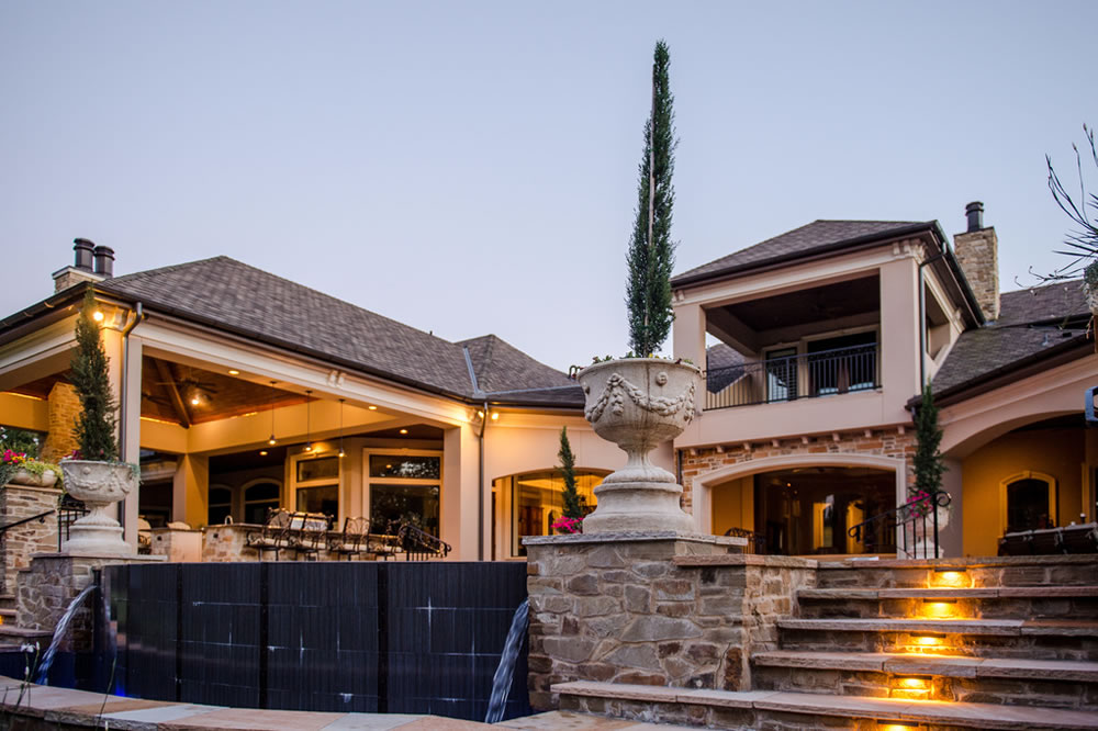 Texas Sized Outdoor Living Retreat