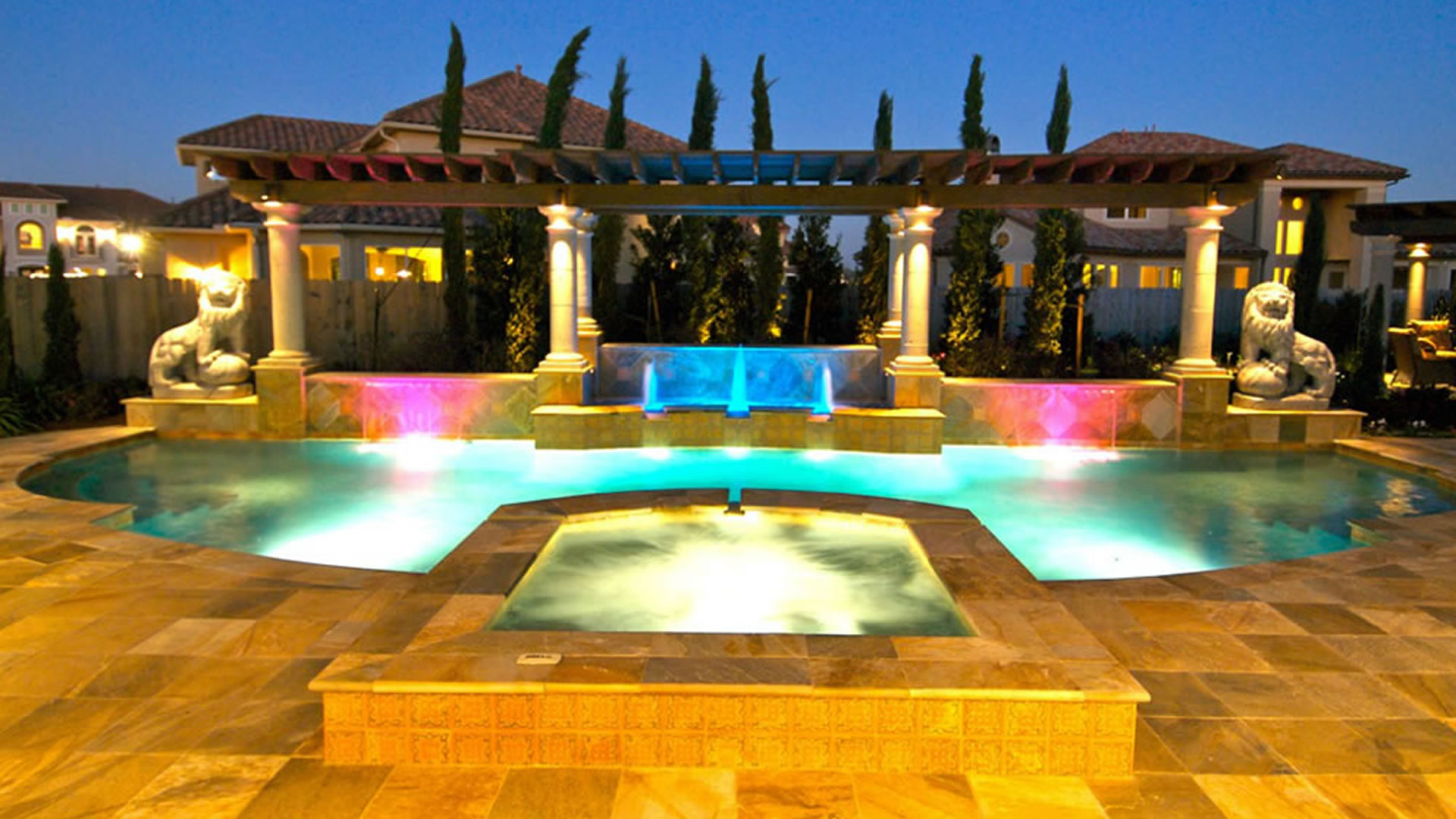 Signature project LIONS FOUNTAIN by Custom Design Pools
